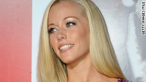Reality TV star Kendra Wilkinson hates to fly, and her fear is not uncommon.